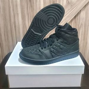 Jordan 1 Mid 'Quilted' Womens Shoes